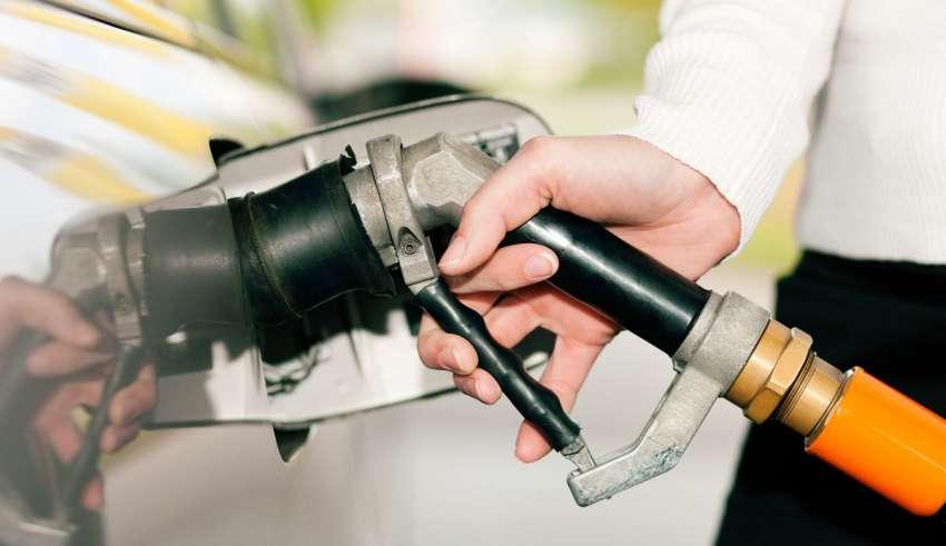Gaz – montować samemu czy kupić gotowy?