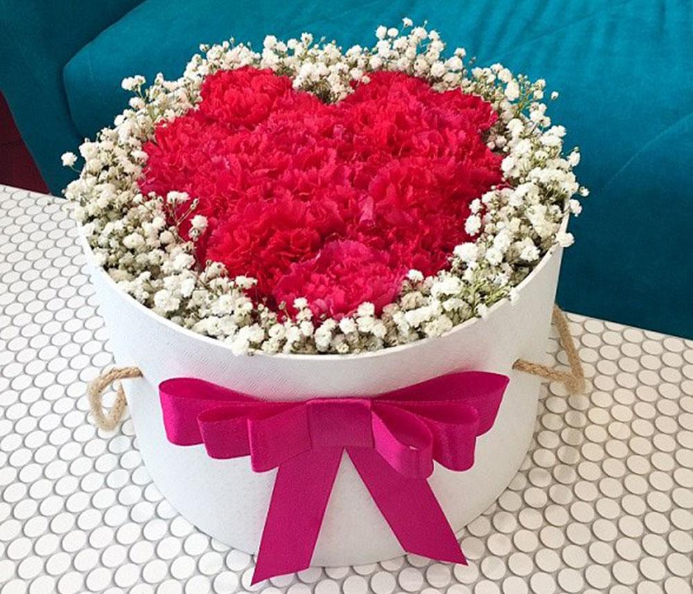 Kwiaty na Walentynki – co króluje w tym roku?