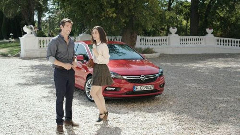 Nowy Opel Astra - drażni klasę wyższą