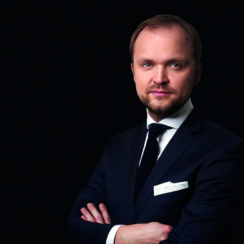Paweł Makowski - polski menedżer innowacji pomagający e-wykluczonym